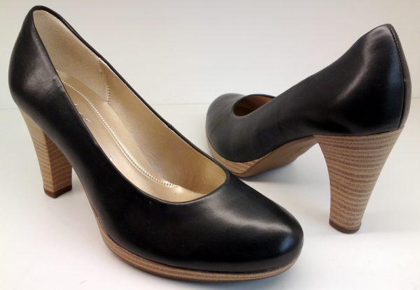 Gabor pumps 65.220.57 black leather HIGH HEEL