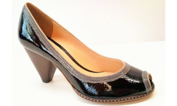 Clarks pumps BAND PEEP black patent leather