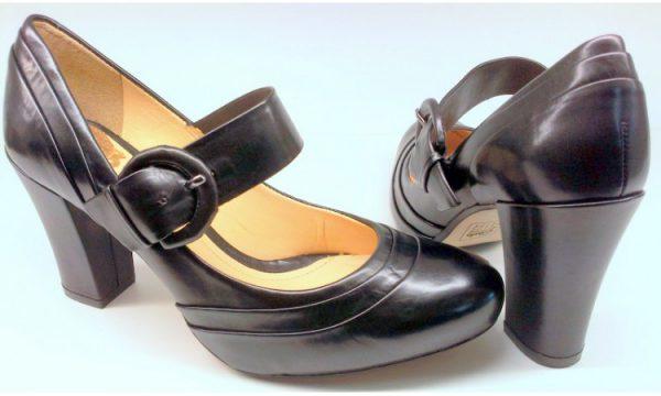 Clarks BEAUTY SPOT black leather pumps for women