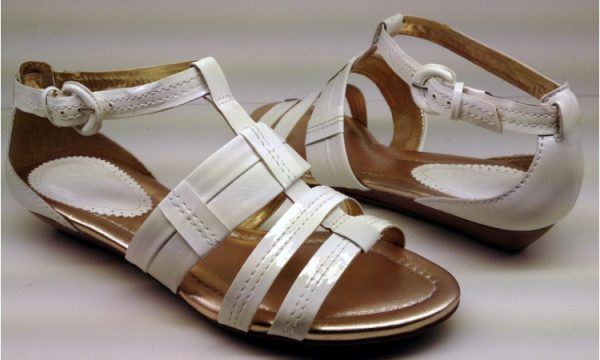 Clarks sandals SUGAR BOWL white patent leather