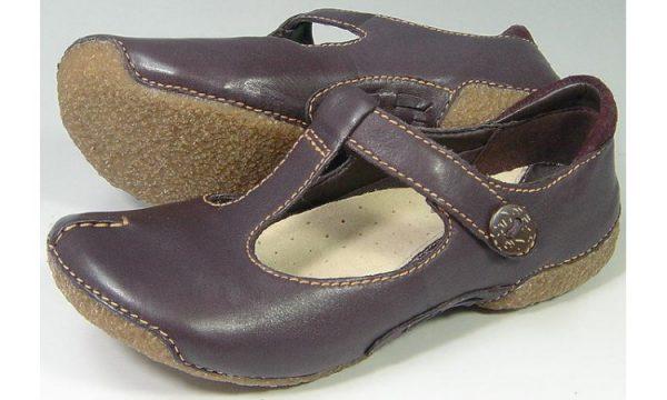 Clarks flat slip-on FUNKY ROCK truffle leather
