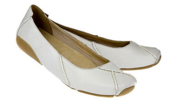 Clarks flat slip-on GEM DELUX white leather