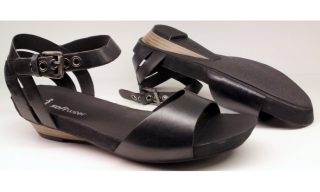 Clarks sandal OLIVIA DANCE 2 black leather