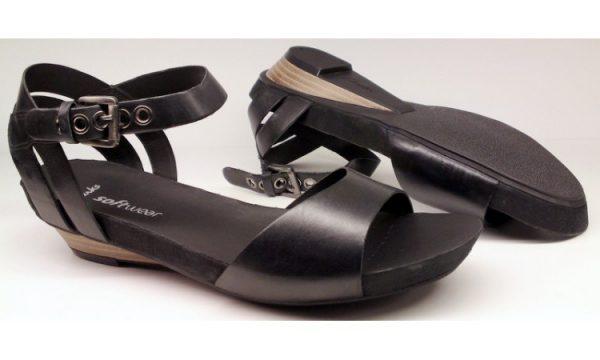 Clarks sandal OLIVIA DANCE 2 black leather