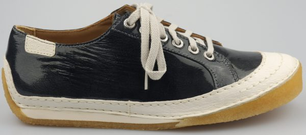 Clarks Originals STREET CHIC charcoal patent leather