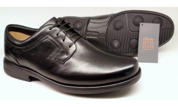 Clarks CARTER AIR black leather WIDE FITTING