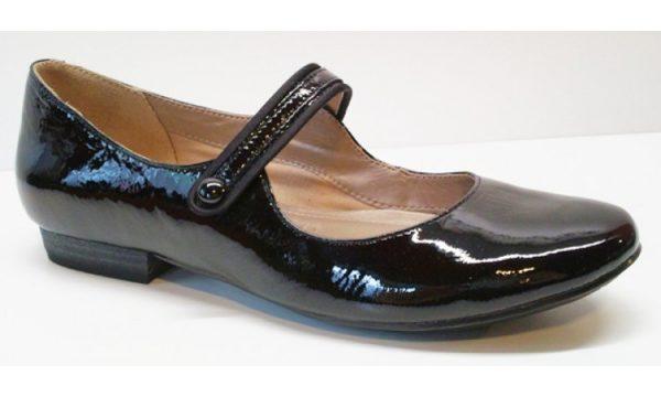 Clarks pumps HENDERSON FIZZ black patent