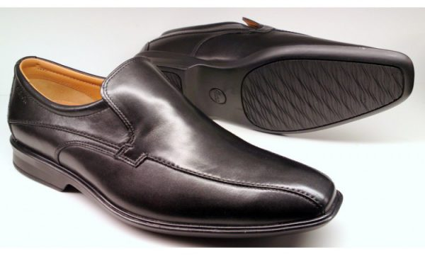 Clarks slip-on GOYA WAY black leather