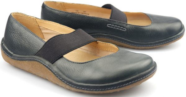 Clarks flat slip-on EDGE HOLLYWOOD black leather