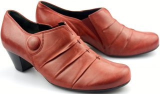 Gabor pumps 92.151.30 red leather