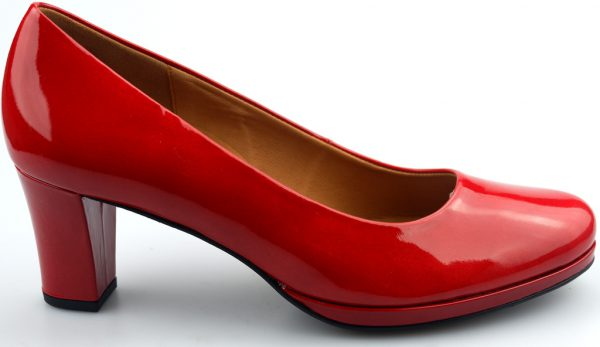 Gabor pumps 62.190.28 red patent leather