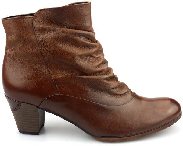 Gabor ankle boots 55.761.22 cognac brown leather