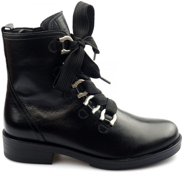 Gabor 91.660.20 black leather mid-high boot for women