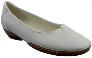 Gabor ballerina pumps 04.280.21 white leather