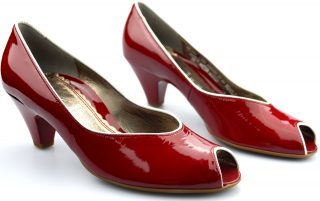 Gabor pumps 66.281.93 red patent leather
