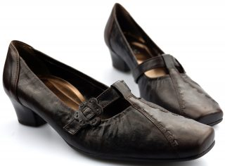 Gabor pump 96.186.15 brown leather