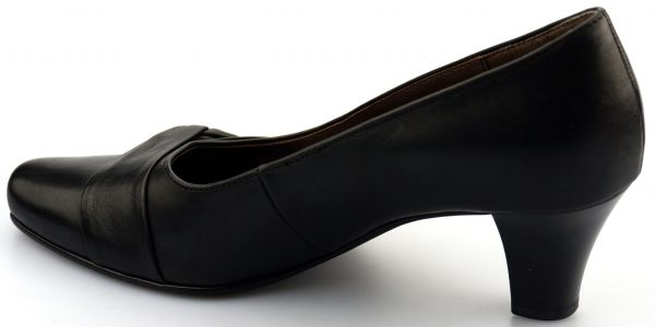 Gabor pumps 56.172.57 black Leather