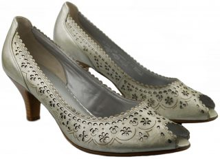 Gabor pumps 61.644.91 champagne metallic silver leather